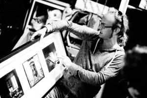 Rubén Morales fotógrafo papel baritado taller fotografía blanco y negro laboratorio