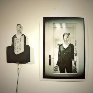 Rubén Morales fotógrafo positivado máscara taller fotografía blanco y negro laboratorio